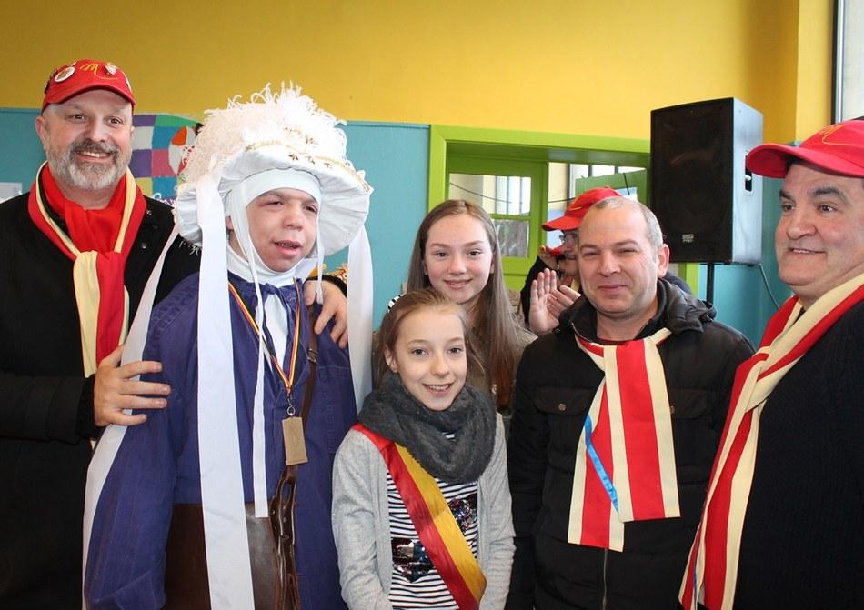 Nathan De Bolle a reçu une médaille pour 15 ans de participation au carnaval de Mont-Sainte-Aldegonde (LesPaysans)