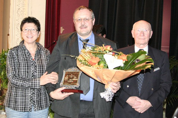 Prix de l'Echevin des sports : Messieurs D'AMICO Giuseppe, TREDDENTI Léo et VAN WYMEERSCH Eric (arbitres)