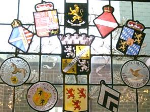 Les vitraux de l'Hôtel communal de Morlanwelz